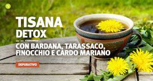 Immagine di tazza piena di tisana depurativa e fiori di tarassaco