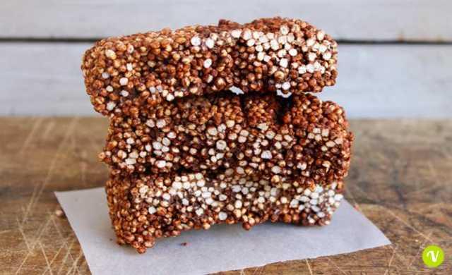 barrette con cioccolato e quinoa