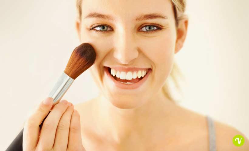 Come truccarsi con i cosmetici naturali