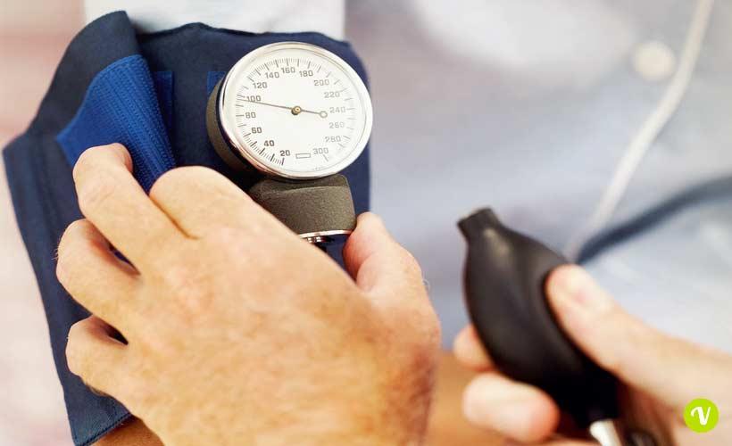 Alimentazione contro l'ipertensione: cosa mangiare e cosa..