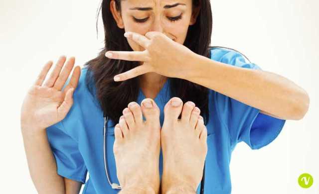 piedi sudati rimedi naturali