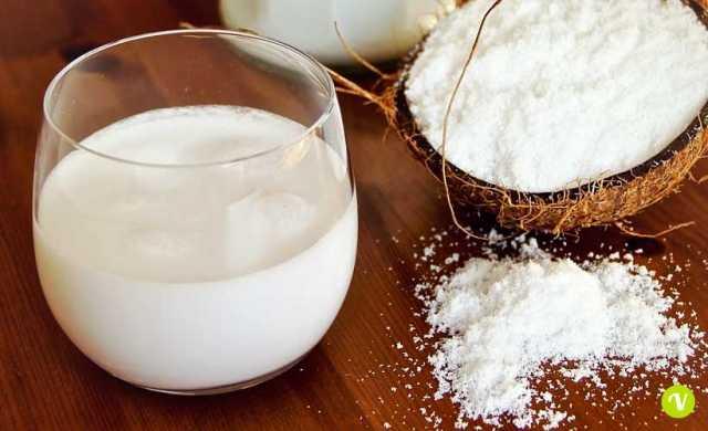 Latte di cocco: proprietà, usi e ricetta