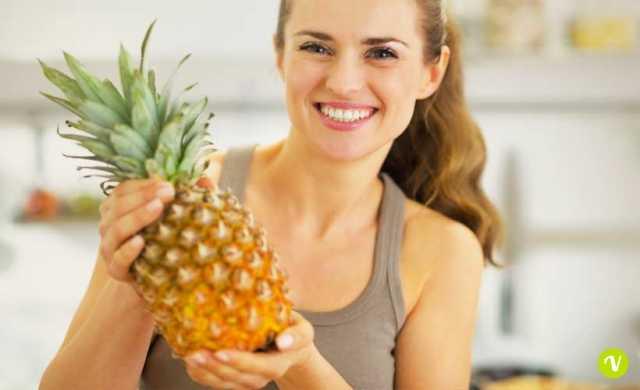 Maschere da un limone e una proteina per la persona da rughe
