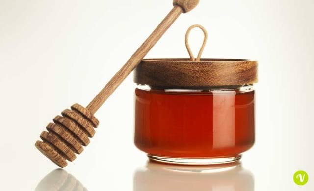 Miele di melata: proprieta e utilizzi