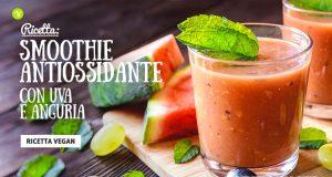 Smoothie antiossidante con anguria e uva