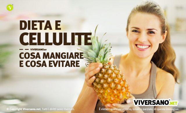 Immagine di donna che tiene un ananas, frutto utile contro la cellulite